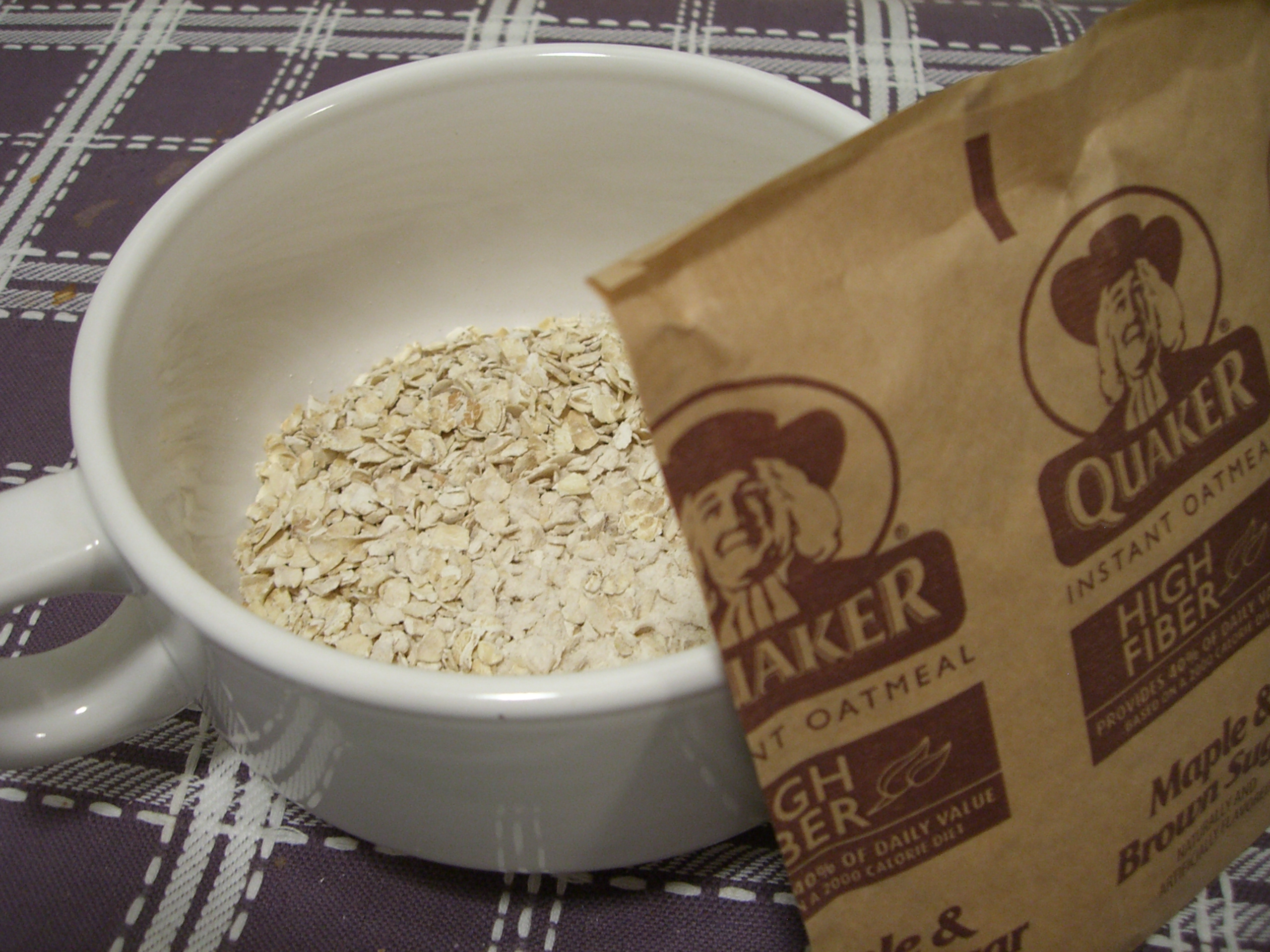 Quaker High Fiber Products — eating bender Quaker Instant Oatmeal Maple And Brown Sugar