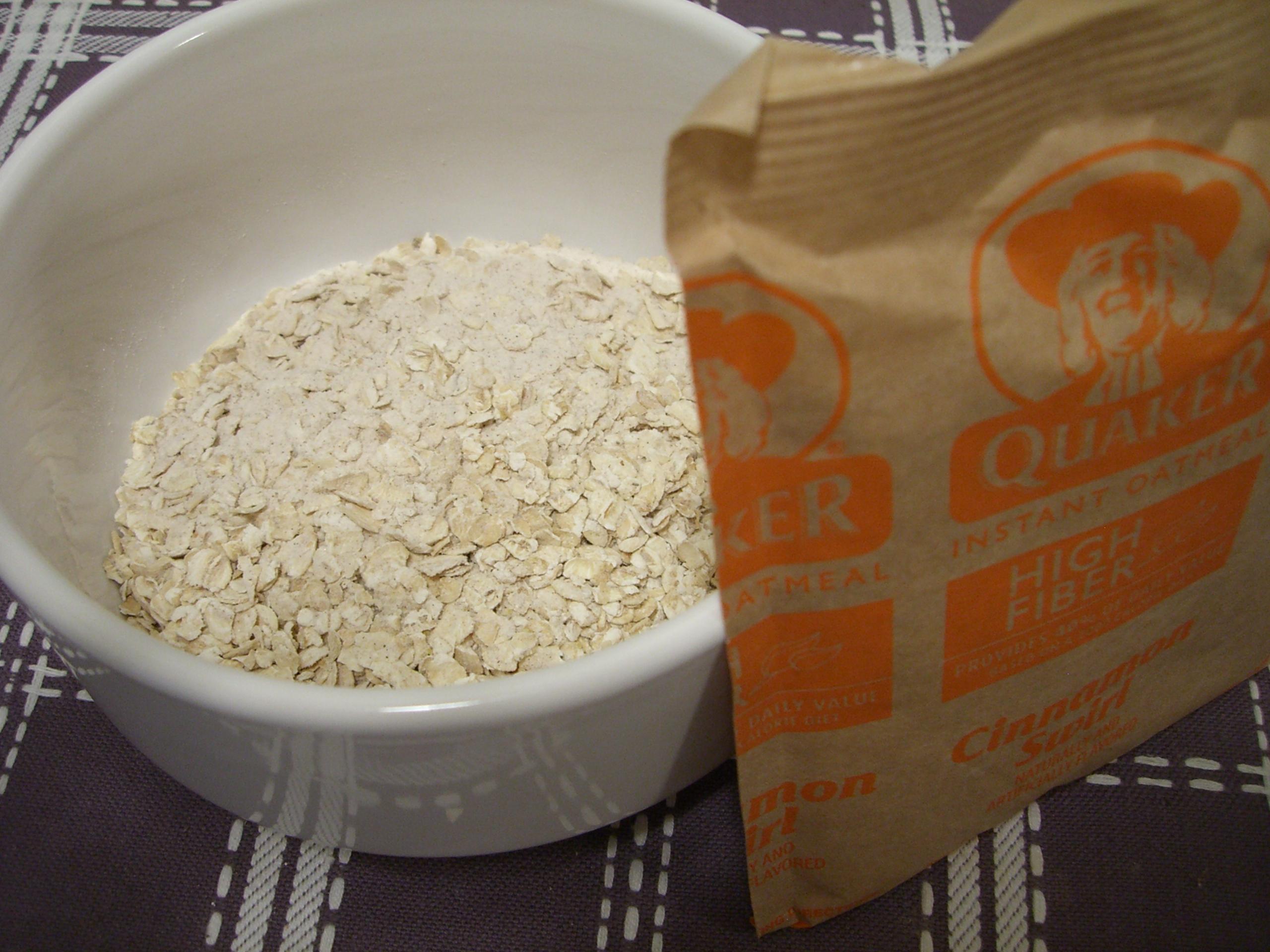 quaker oats instant oatmeal calories
